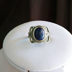 Jewelry - Moonstone silver ring